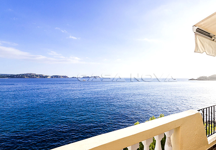 Mediterranes Apartment in 1. Meereslinie mit Meerzugang